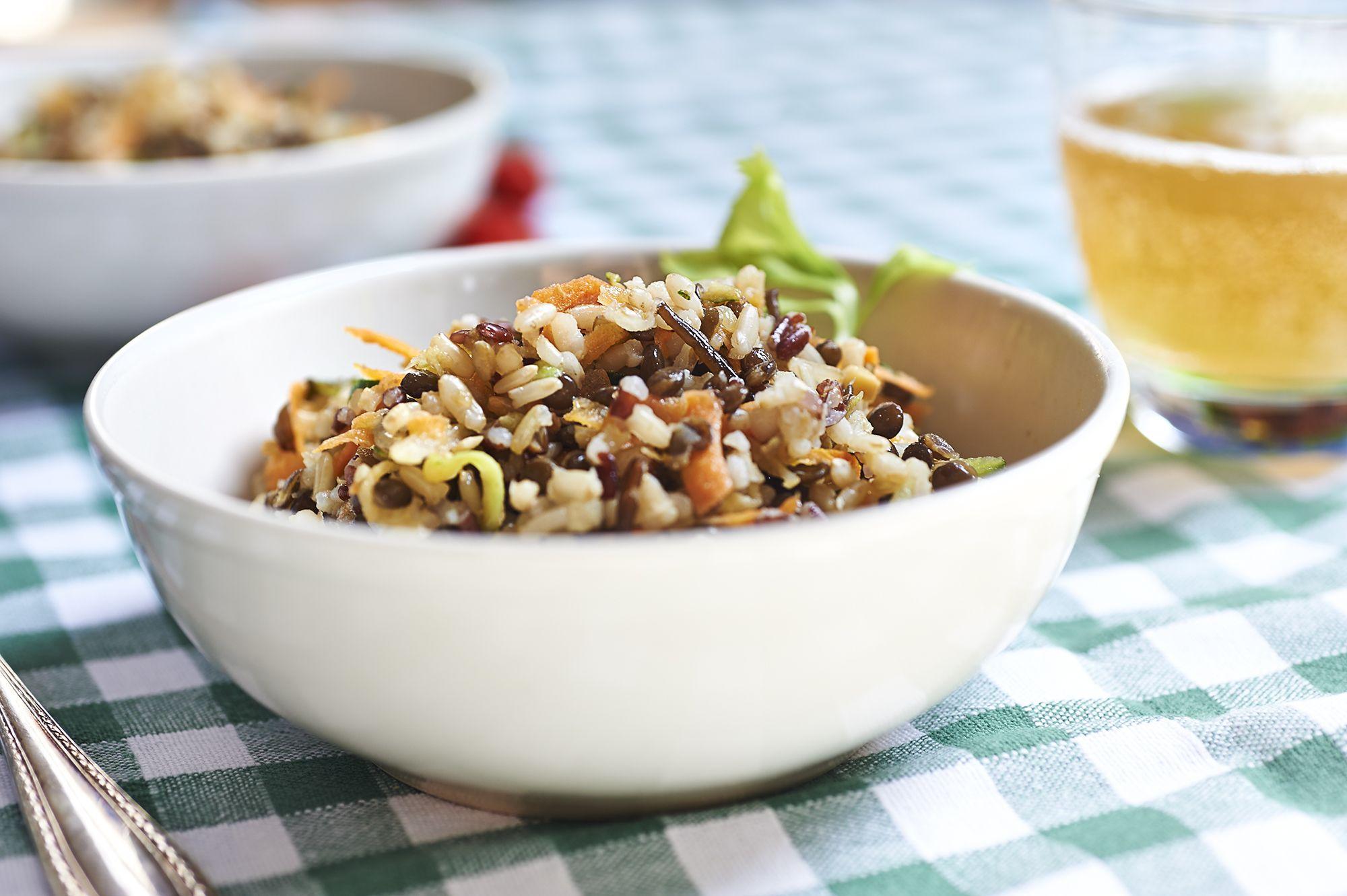 Cereali e lenticchie per un'insalata insolita