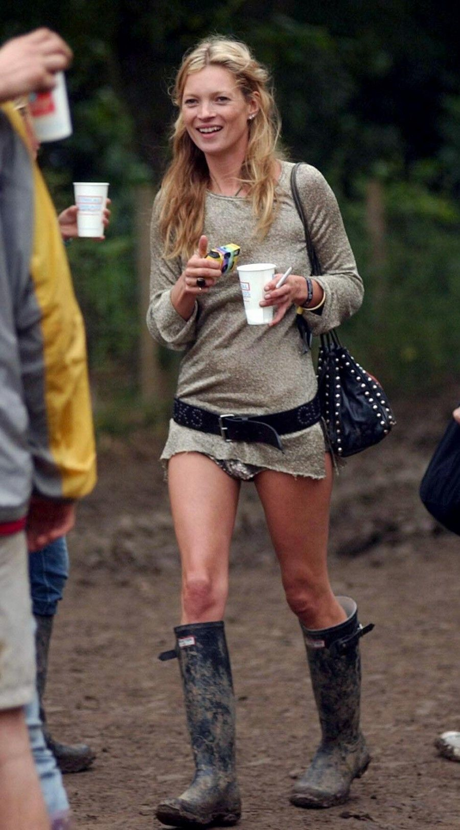 Mandatory Credit: Photo by Anthony Devlin / Rex Features ( 527591a ) Kate Moss GLASTONBURY FESTIVAL, BRITAIN - 25 JUN 2005