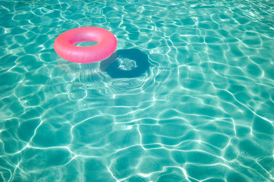 Bagno al mare o in piscina come evitare le infezioni - Bagno al mare in gravidanza ...