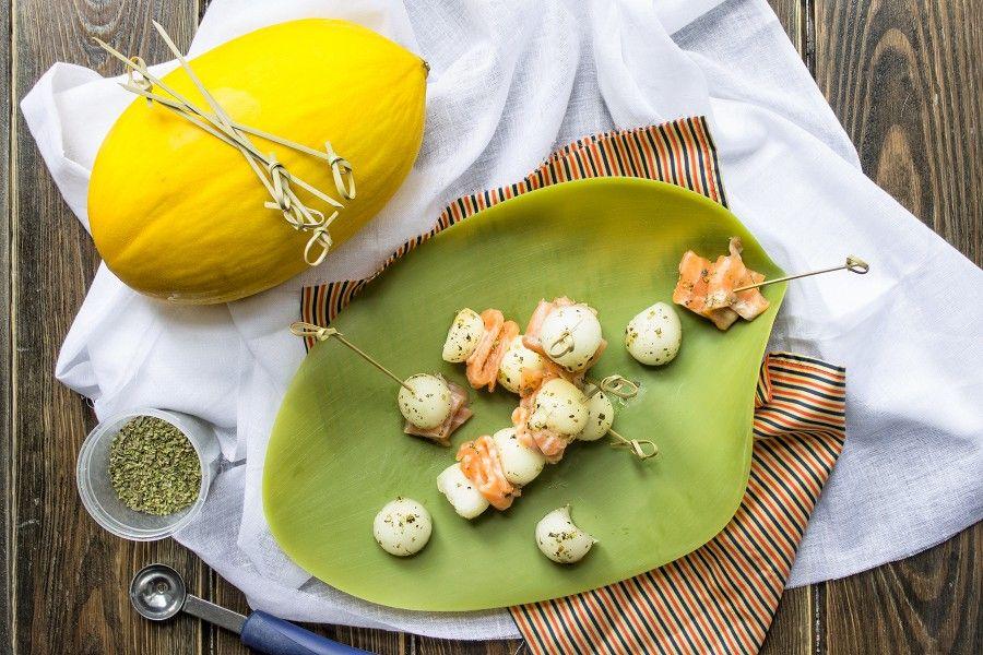 carpaccio-salmone-e-melone-bianco-antipasto-contemporaneo-food