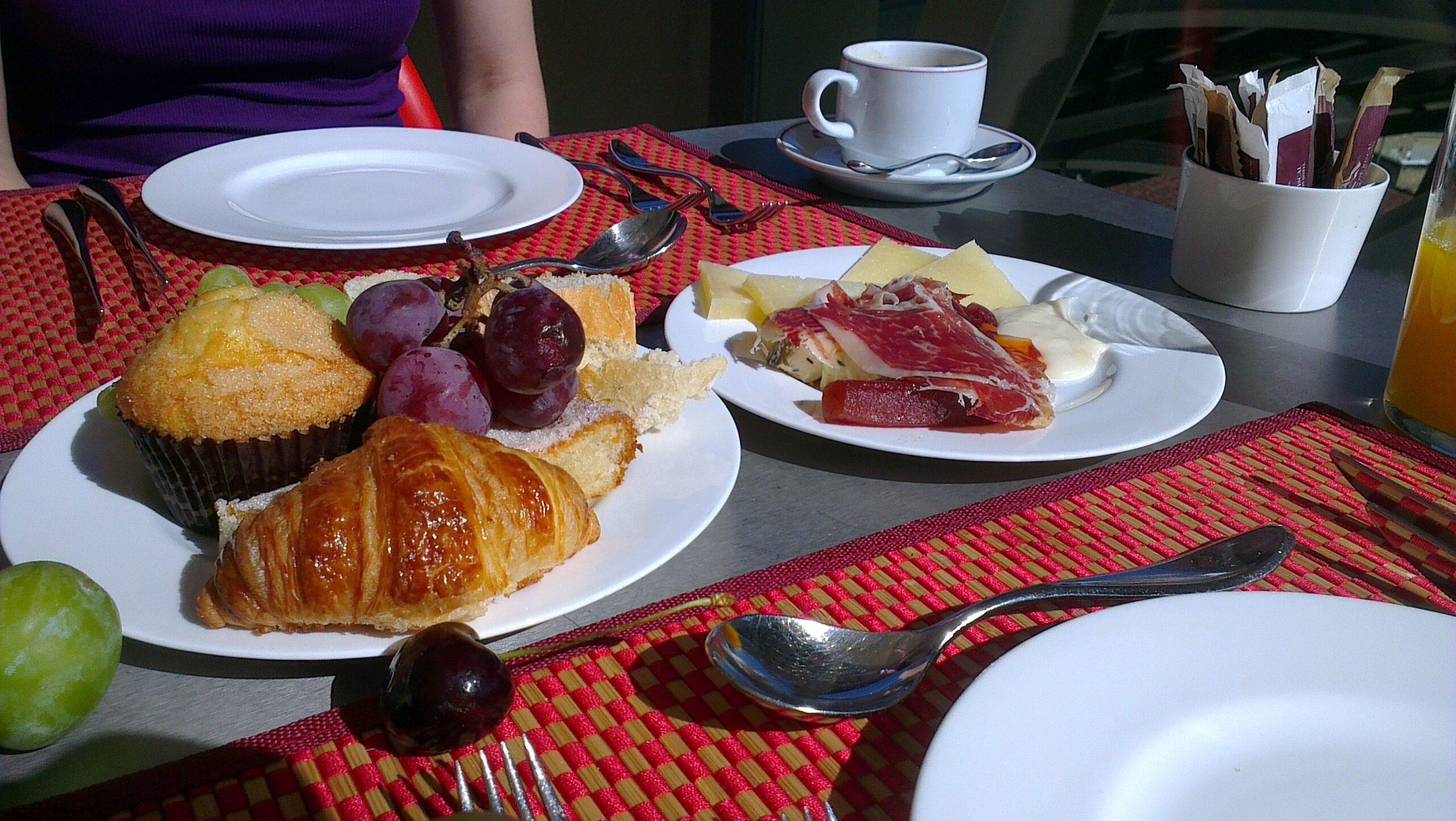 I 5 benefici di una colazione abbondante
