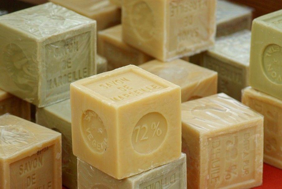 soap-673193_1280