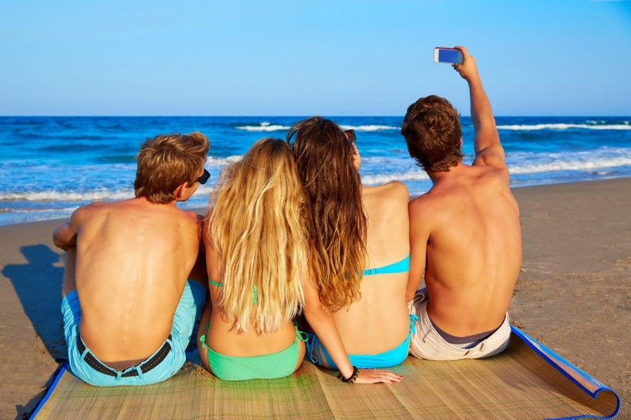 bigstock-friends-group-selfie-photo-sit-95394308-e1436794926440
