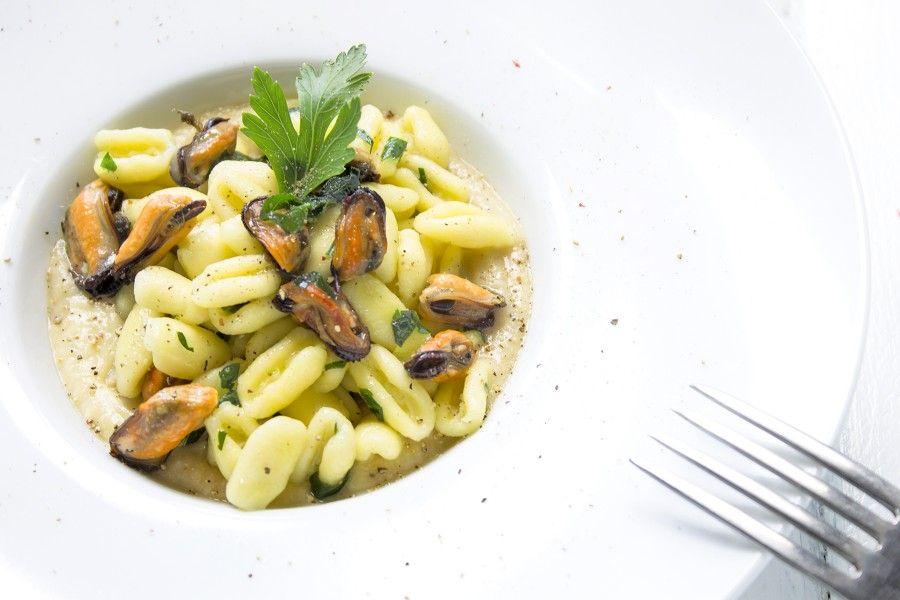 cavatelli-con-cozze-e-ceci-contemporaneo-food