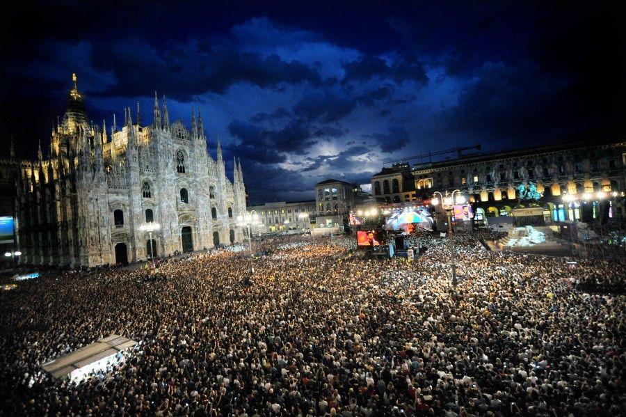 piazza-Radio-Italia