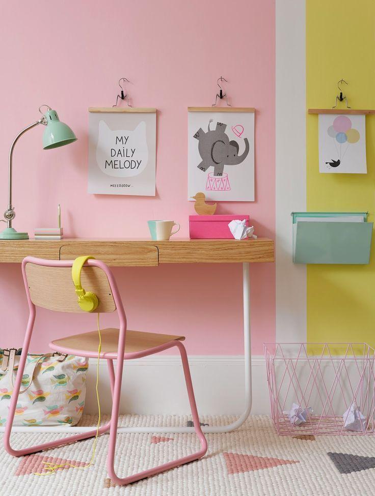 camera per bambini di colore pastello