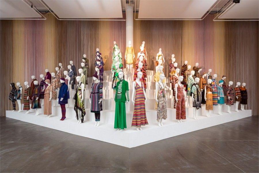 Missoni, l'arte, il colore: una mostra dedicata a Ottavio e Rosita Missoni