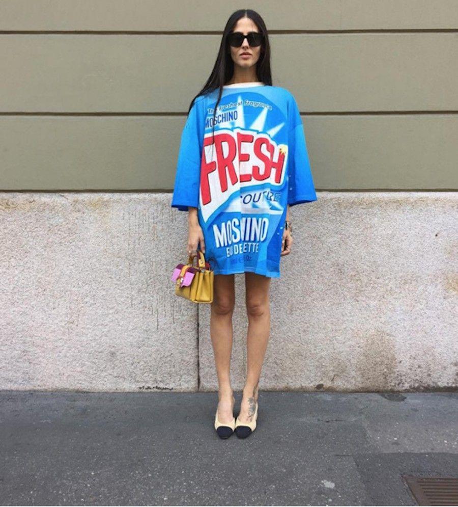 Gilda Ambrosio con tshirt Moschino della S/S 2016