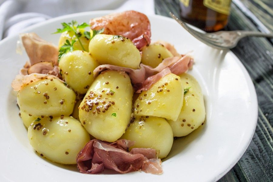 insalata-tiepida-di-patate-alla-birra-contemporaneo-food