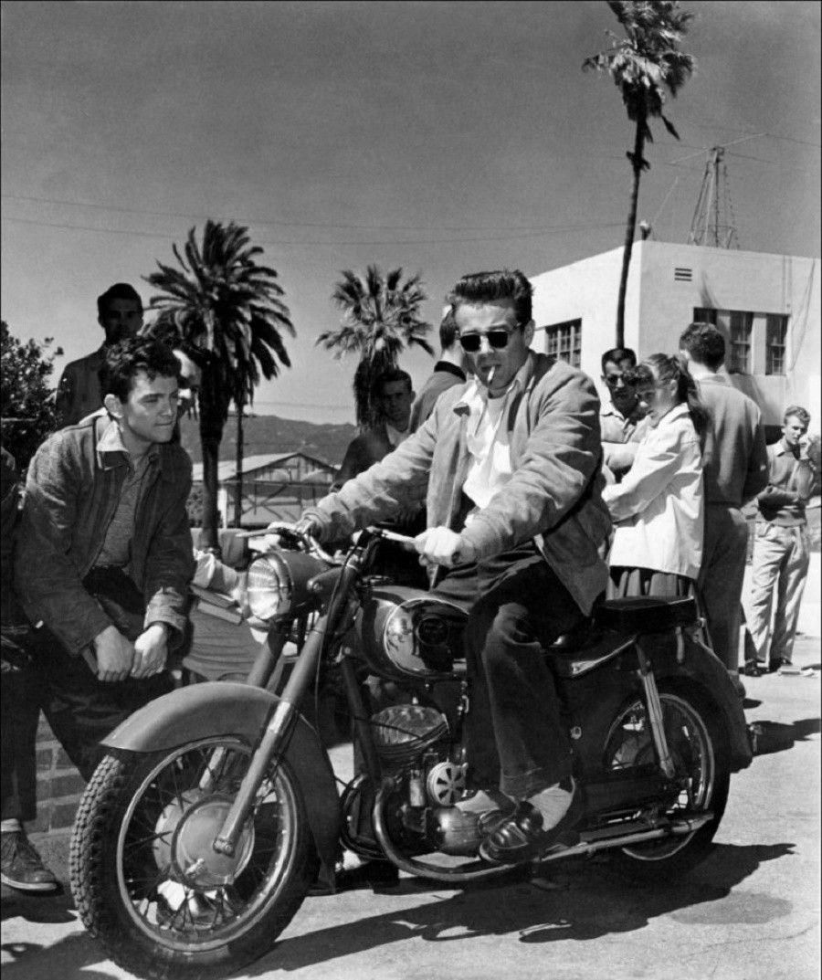 james-dean-in-moto