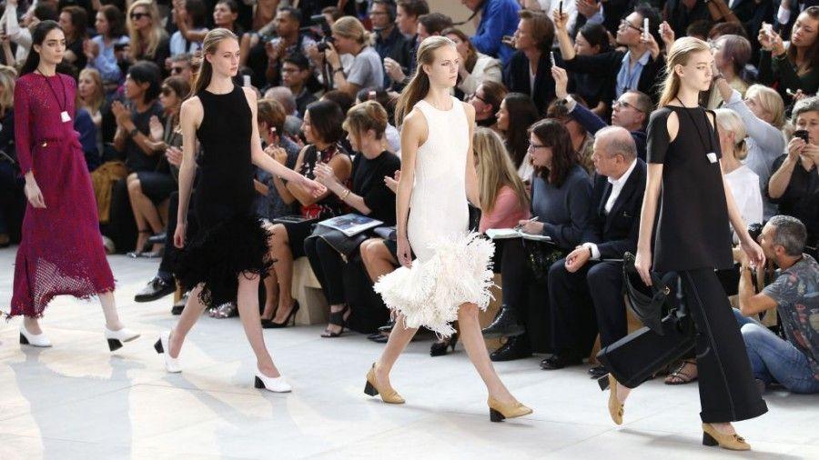 paris-fashion-week-sfilata