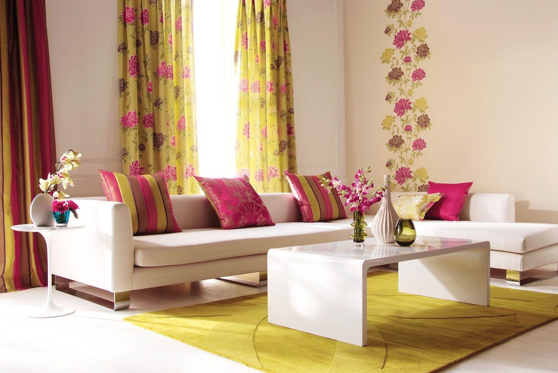 Tende A Fiori Per Camera Da Letto : Una camera da letto windows vestito con tenda a strisce che pizzi