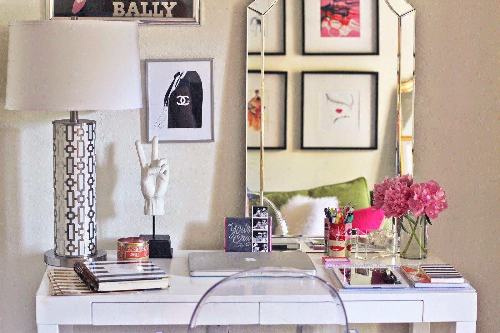 10 modi per abbellire la scrivania