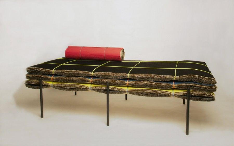 Mr&Mr_Mille feuille_DayBed_angle