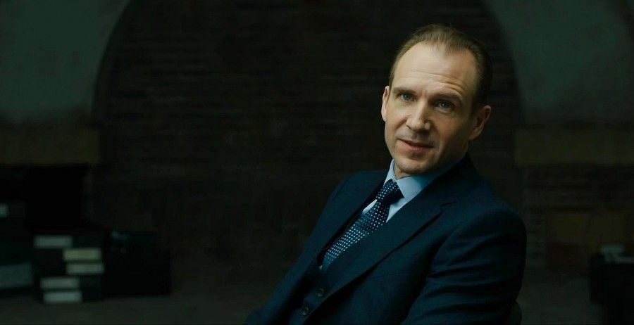 Ralph Fiennes M
