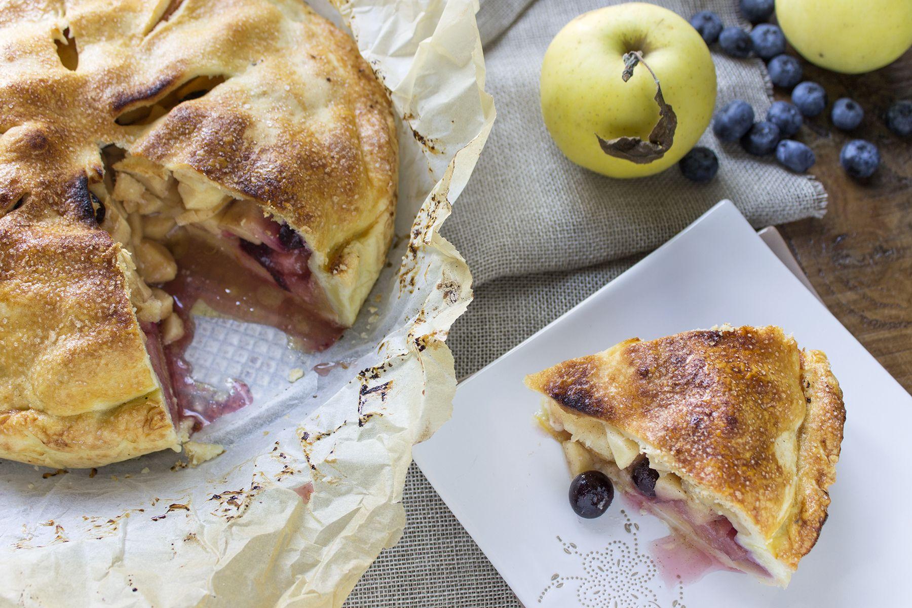 La ricetta della Apple Pie ai mirtilli