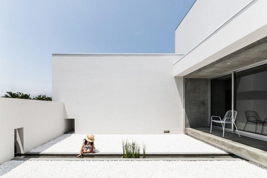 Courtyard House. Prefettura di Shiga