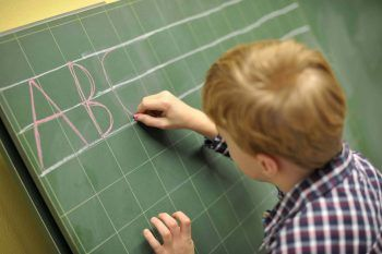 Fare la spesa migliorerà la scuola di tuo figlio