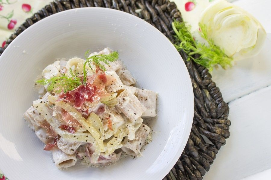 pasta-finocchi-speck-ricotta-contemporaneo-food