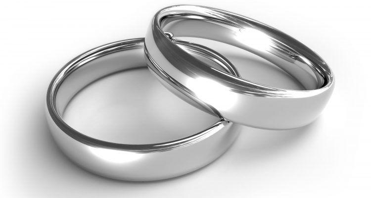 4 modi per pulire l 39 argento bigodino - Come pulire argento in casa ...