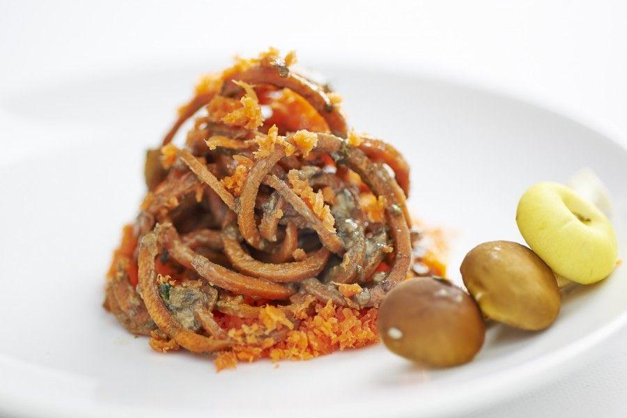 spaghetti di carote ai funghi copia