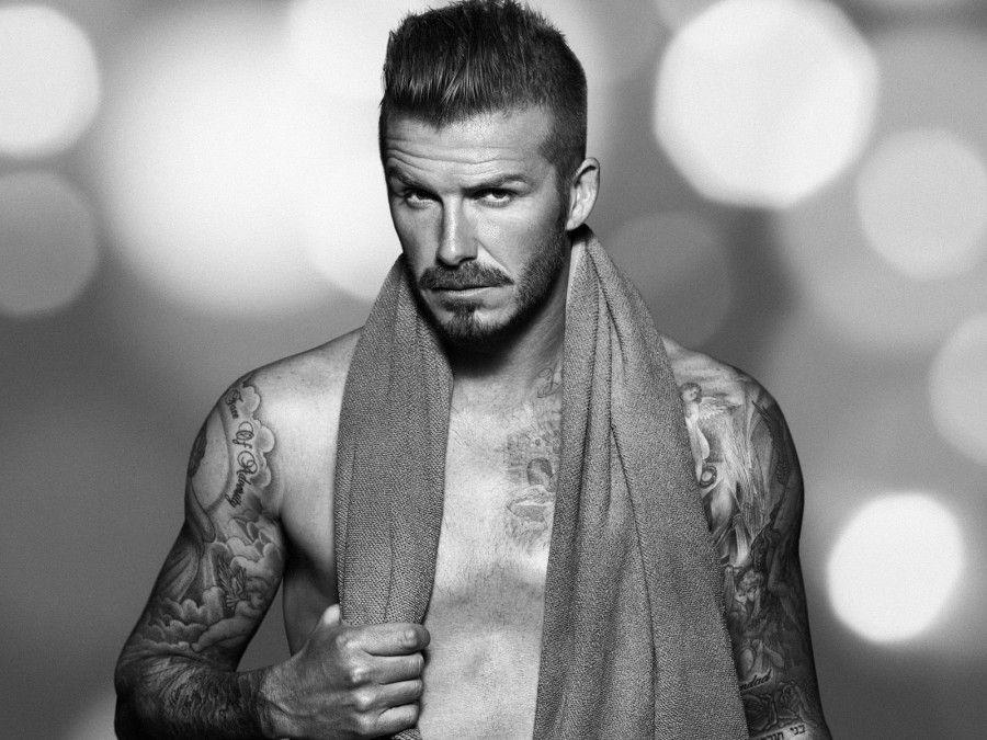 Beckham l'uomo più bello del mondo