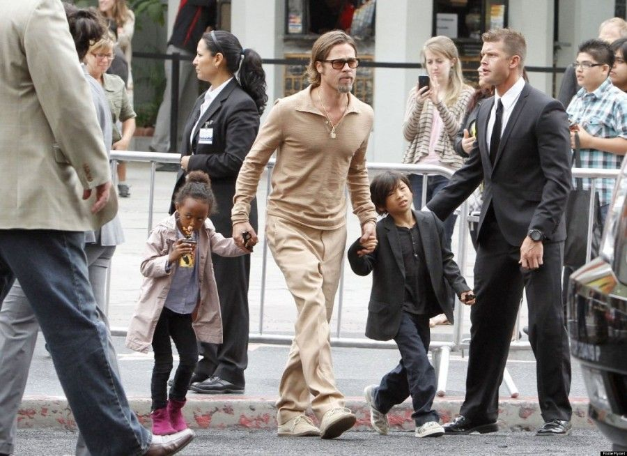 """7353044 Superstars Brad Pitt and Angelina Jolie leave the premier of """"Kung Fu Panda 2"""" with their four children Maddox Chivan, Zahara Marley, Shiloh Nouvel and Pax Thien in the midst of a swarm of fans in Los Angeles, California on May 22nd, 2011 FameFlynet, Inc - Beverly Hills, CA, USA - +1 (818) 307-4813"""