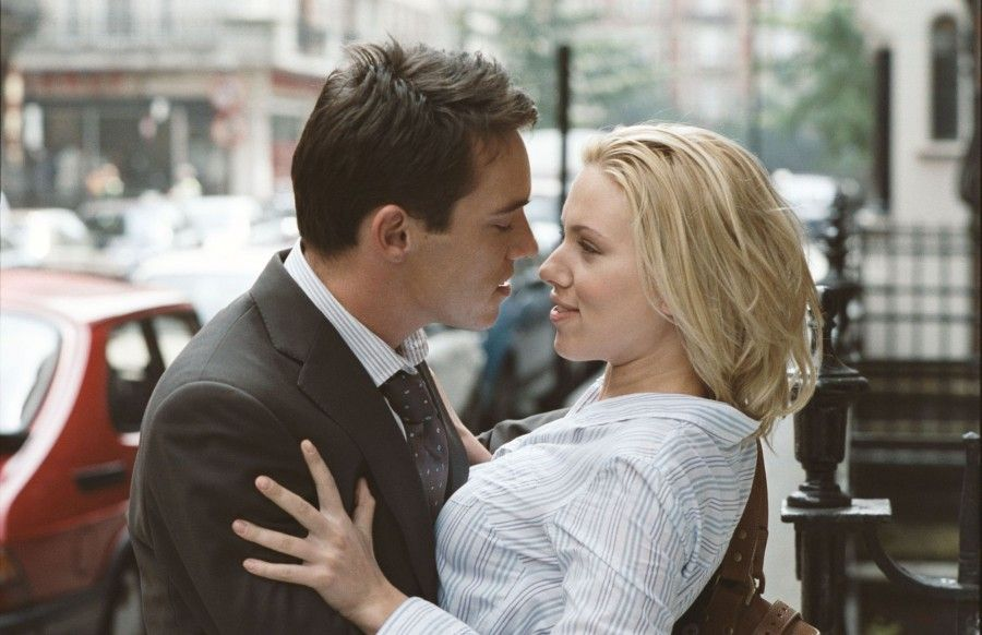 Oct 06, 2005; London, England, UK; Actors SCARLETT JOHANNSON as Nola Rice and MATTEW GOODE as Tom Hewett in the Woody Allen written and directed BBC Films drama, 'Match Point.' Set to be released December 25, 2005. Mandatory Credit: Photo by BBC Films/ZUMA Press. (©) Copyright 2005 by Courtesy of BBC Films