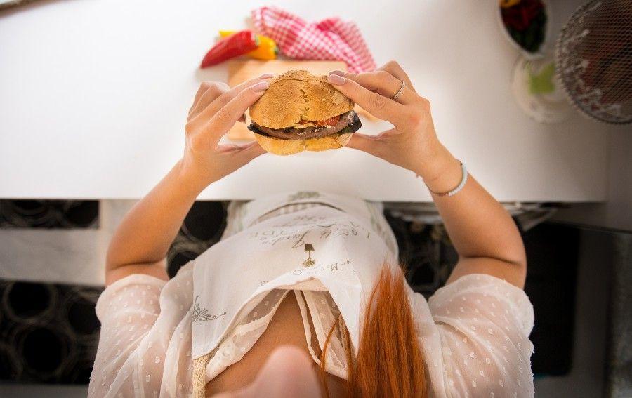 hamburger-montana-surgelato-al-bacon-ricetta-contemporaneo-food