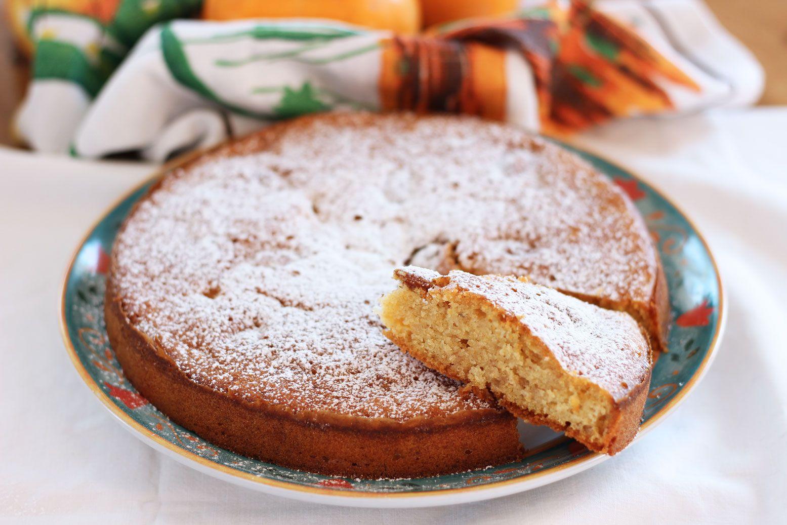 Torta morbida ai cachi