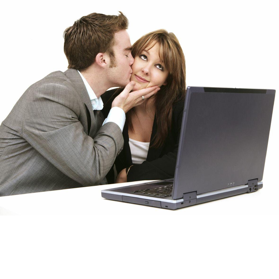 amore-in-ufficio1