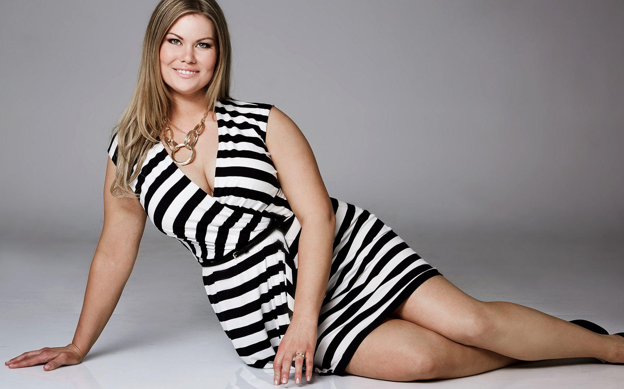 5 consigli inusuali per vestire un corpo curvy