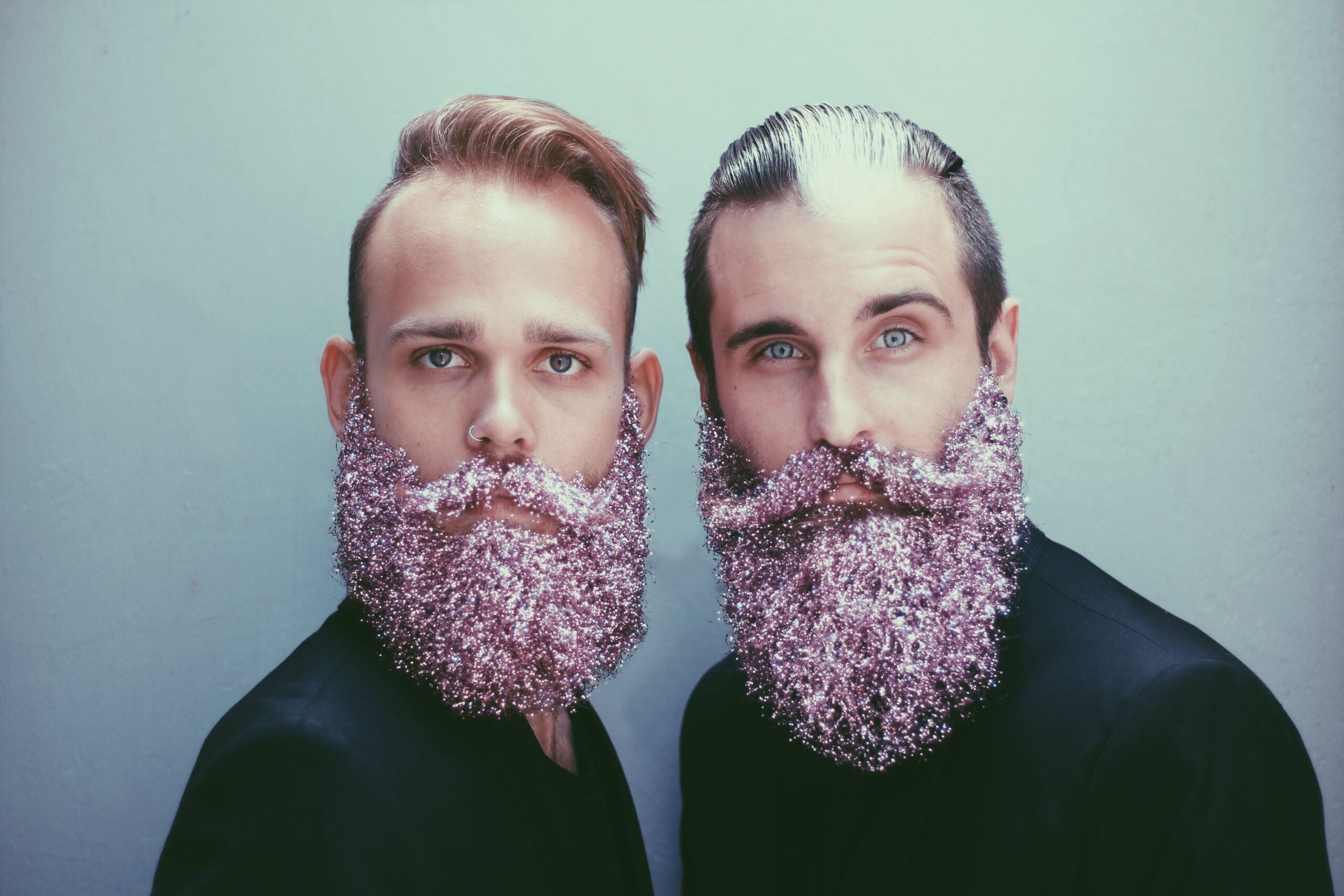 Glitter beard La nuova moda hipster