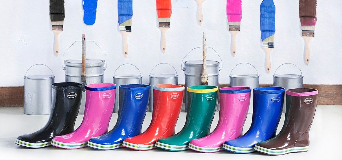 Come personalizzare degli stivali di gomma