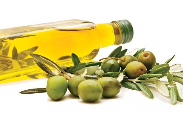 Olio extravergine di oliva per condire ogni piatto