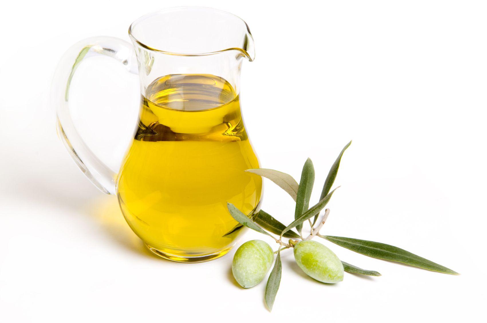 9 motivi per consumare più olio d'oliva