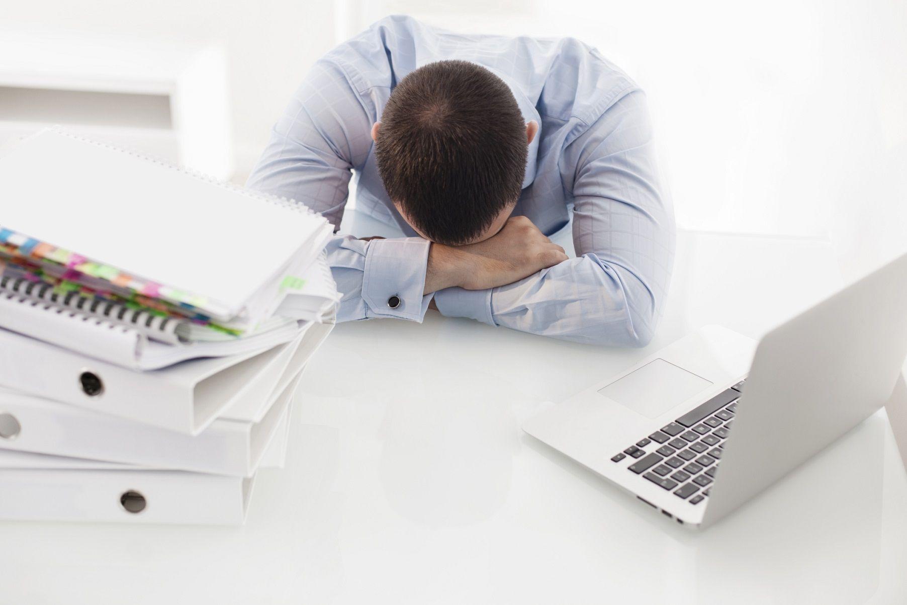 Cosa sono i dolori da ufficio e come liberarsene