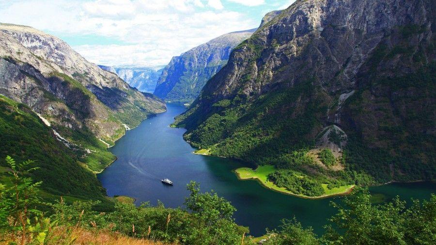7 naroyfjorden-fjordnorway-norway-1400x787