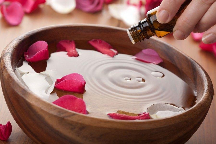 Per un bagno di puro relax aggiungete 20-30 gocce di olio essenziale di lavanda
