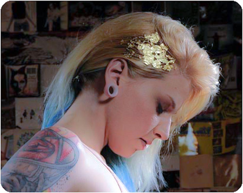 Katy Fischer in her studioMUA: Ash SivilsHair: Katie WileyUNEDITED PHOTO