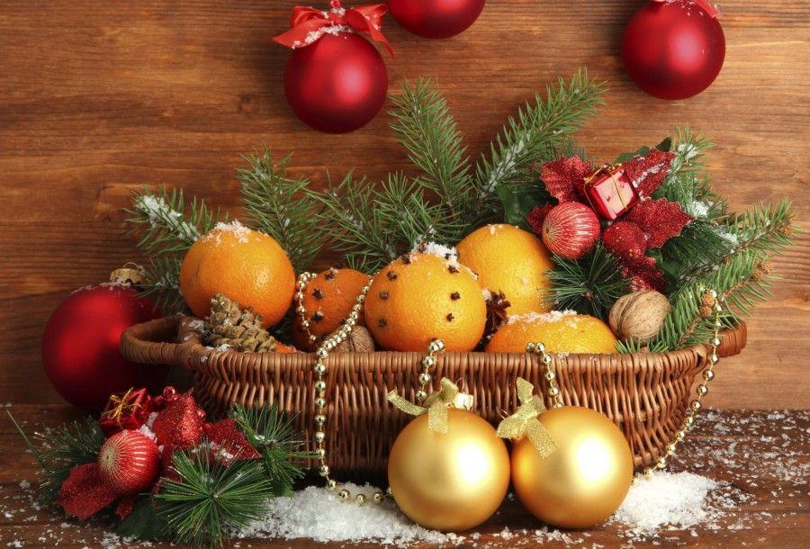 decorazioni-fai-da-te-albero-di-natale-arance-cannella-chiodi-garofano-2