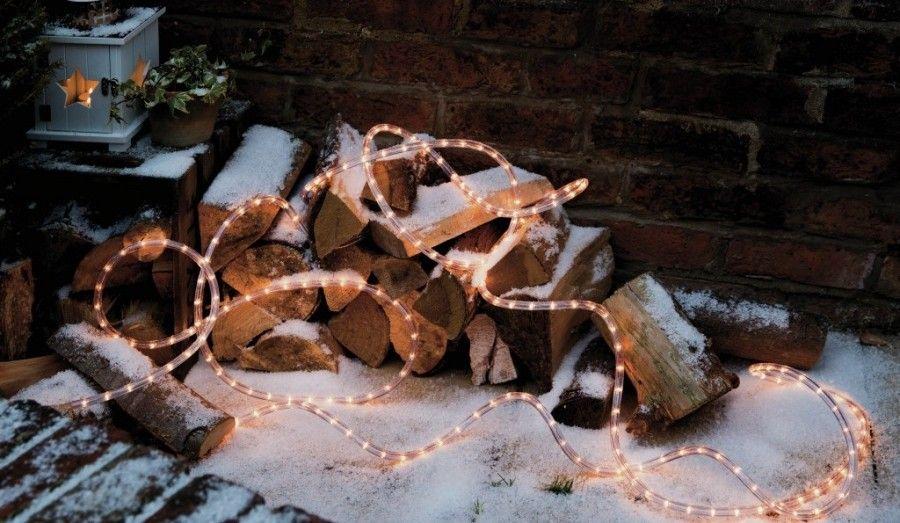 decorazioni-per-natale-luci-legna