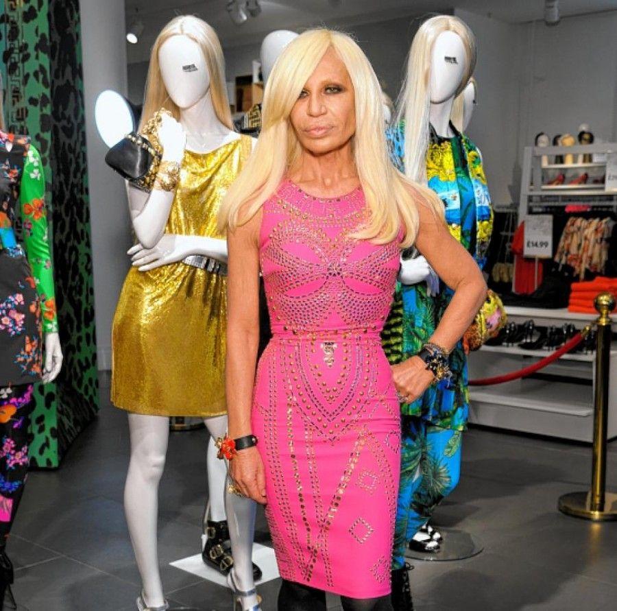 Donatella Versace... stilista eccelsa, icona di moda pessima