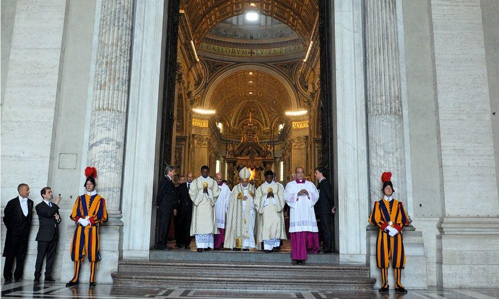 Citta' del Vaticano 11/04/2015, cerimonia per la bolla di indizione del Giubileo della Misericordia.  Nella foto papa Francesco