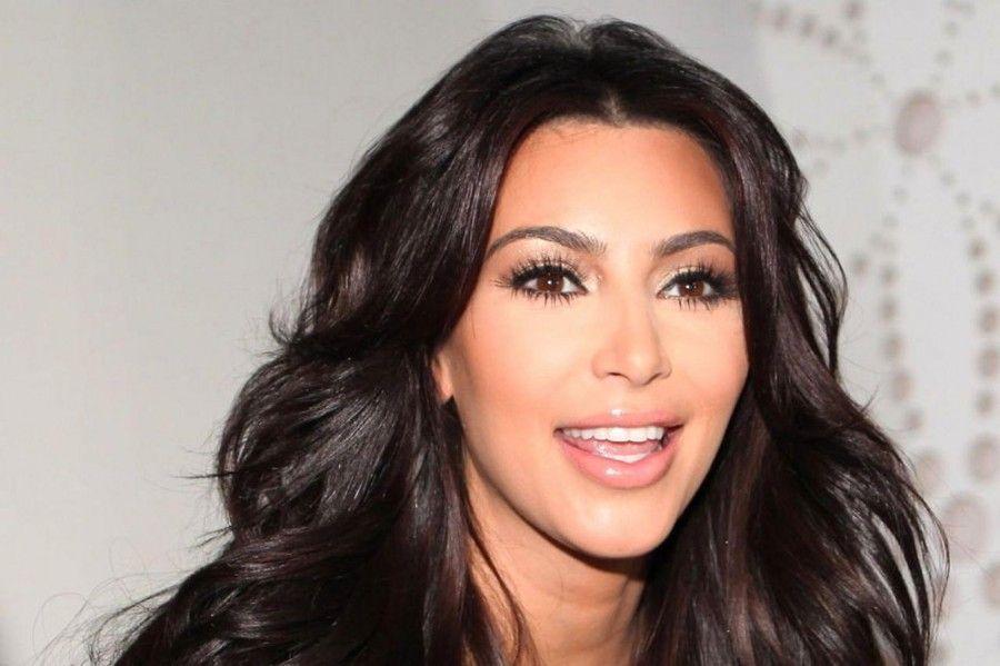 Kamilla Osman, la sosia di Kim Kardashian che sta facendo impazzire tutti  B...