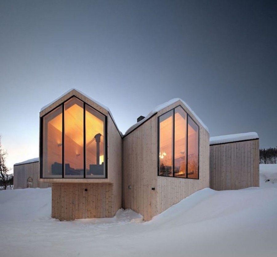 Split View Mountain Lodge. Gelid. Norvegia