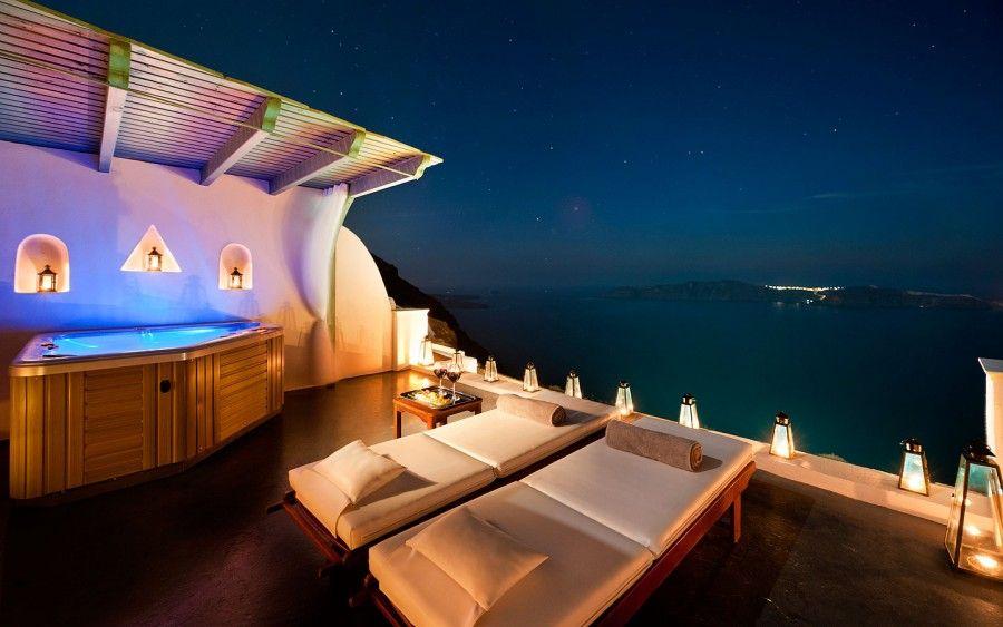 Anastasis Apartement a Santorini by night