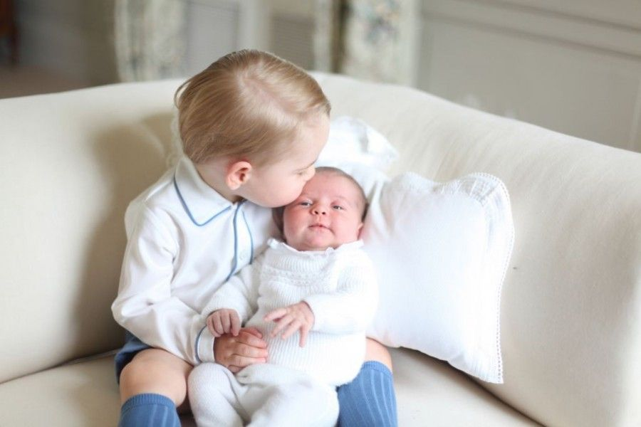 Baby George e Charlotte