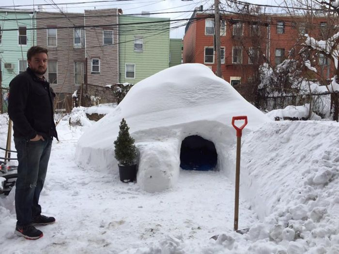 Resistere nell'igloo