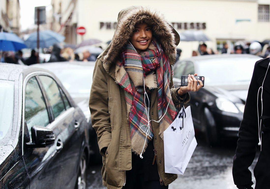 4 idee per indossare una maxi sciarpa